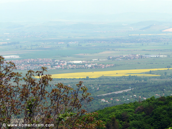 Изглед към Софийското поле и Стара планина